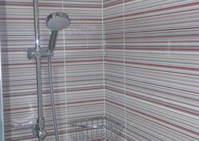 mamparas-y-barras-de-ducha-azulejos-moreno-venta-exposicion-colocacion-reforma-integral-almansa-y-alrededores-13