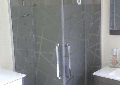 mamparas-y-barras-de-ducha-azulejos-moreno-venta-exposicion-colocacion-reforma-integral-almansa-y-alrededores-19
