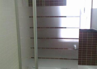 mamparas-y-barras-de-ducha-azulejos-moreno-venta-exposicion-colocacion-reforma-integral-almansa-y-alrededores-27