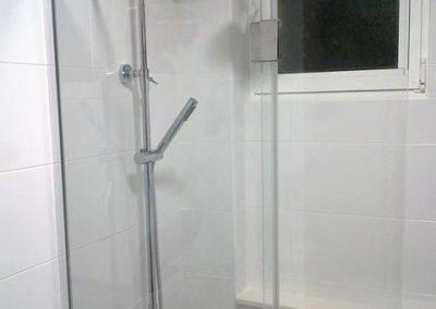 mamparas-y-barras-de-ducha-azulejos-moreno-venta-exposicion-colocacion-reforma-integral-almansa-y-alrededores-29