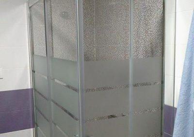 mamparas-y-barras-de-ducha-azulejos-moreno-venta-exposicion-colocacion-reforma-integral-almansa-y-alrededores-32